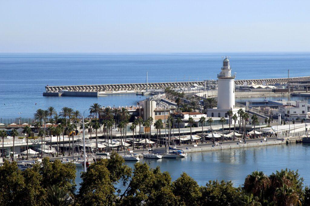 Havnen i Malaga Spanien - spanske byer - alt om spanien