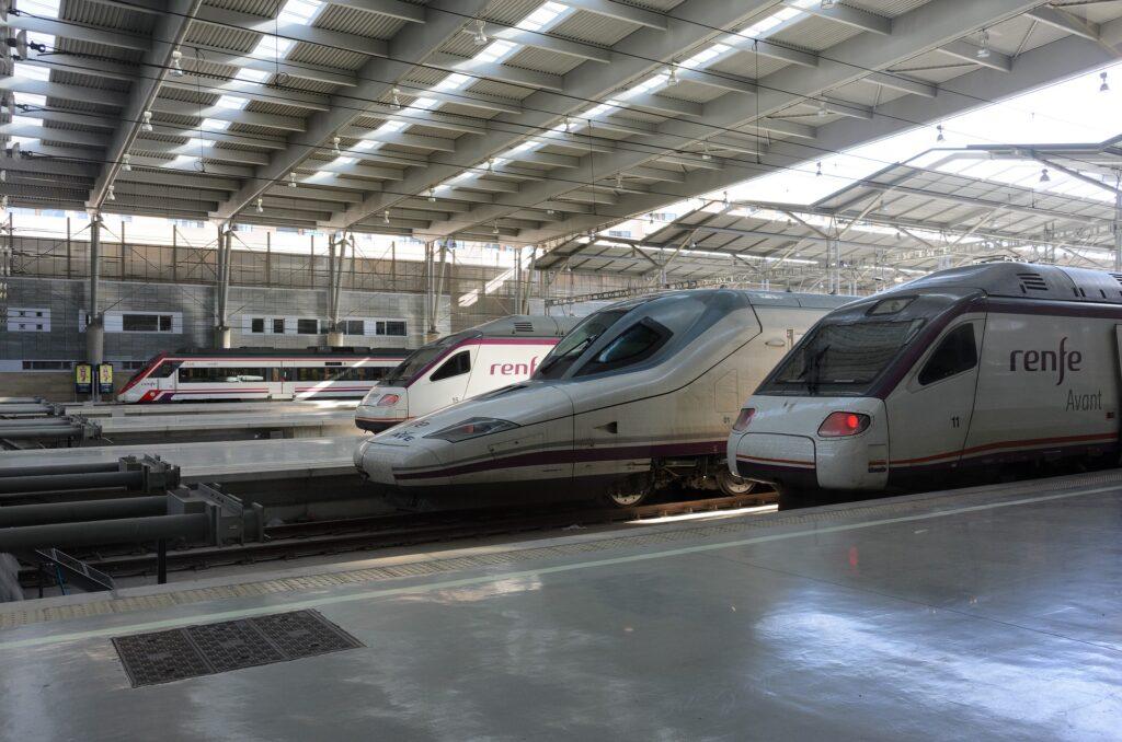 Højhastighedstog i Spanien - Billede fra en togstation - Alt om Spanien